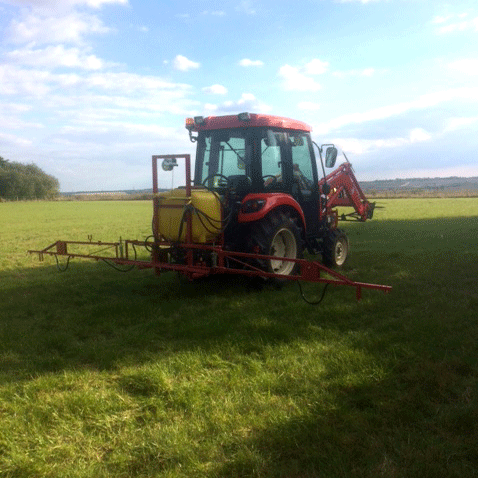 Paddock and Pasture Spraying service
